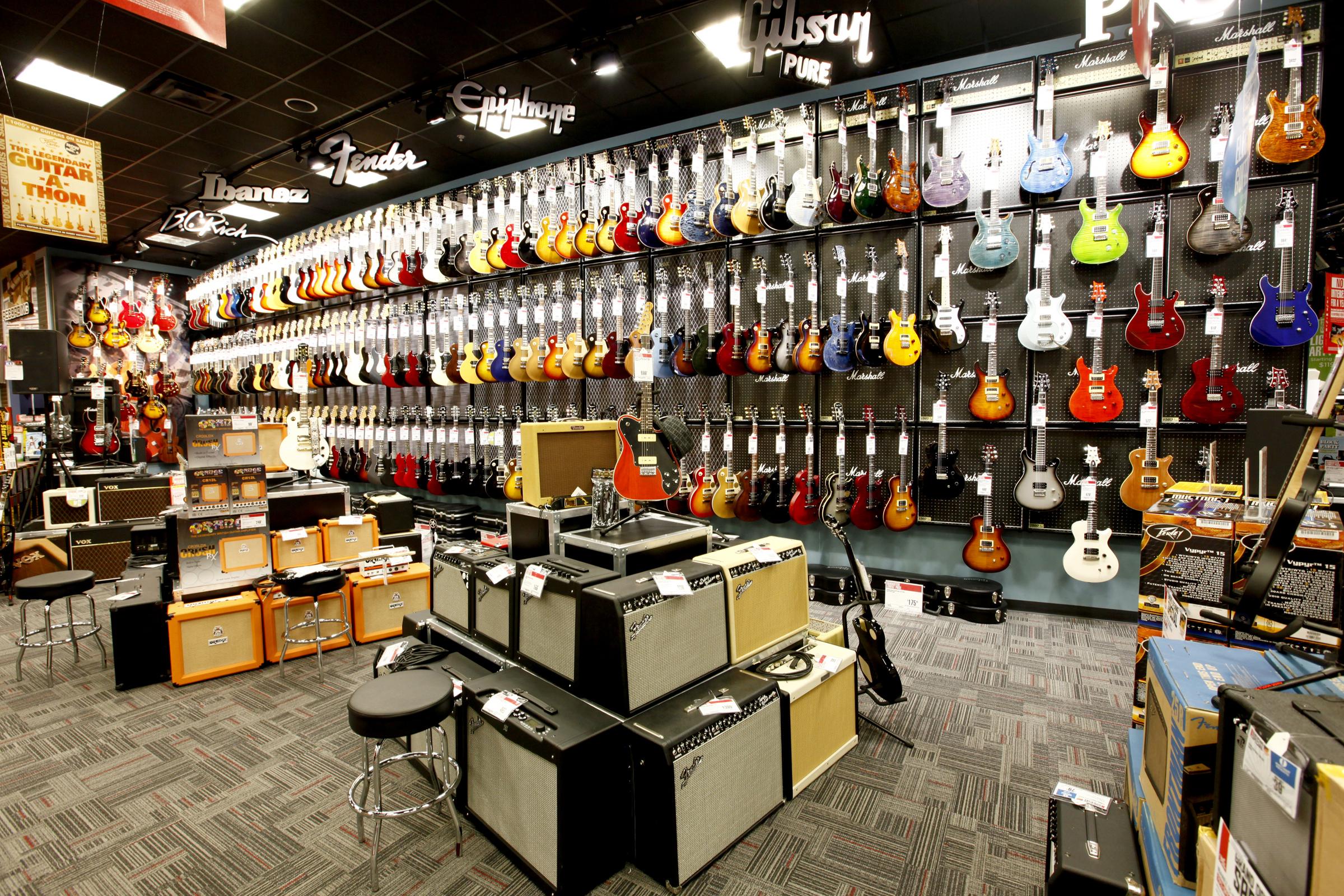 GC_Orange_Photo2_GuitarDept
